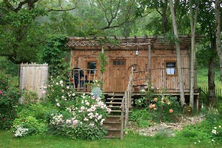Gîte LE PETIT CO Cabane Champêtre  - Simandre-sur-Suran - Cabana