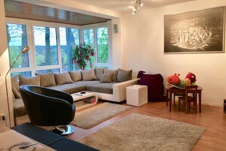 Large 3 bedroom apartment Schwabach near Nürnberg - Schwabach - Wohnung