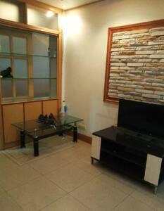 隆盛园小区出租,三室两厅,空间非常大。 - Baishan