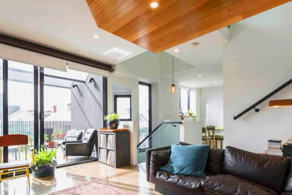 Large, sunny open plan living area and balcony.