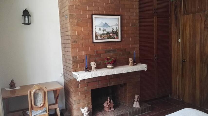 Ambiente agradable, cómodo y seguro - Guatemala - House