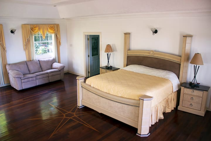 Spacious Luxury Room - Sea view & Swimming Pool - Port Antonio - Casa de huéspedes