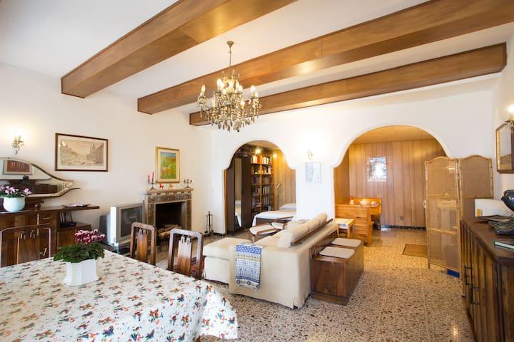 MONTE CUCCO PARK NEAR GUBBIO ASSISI - Fossato di Vico - Apartment
