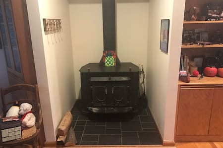 Single bedroom with full bathroom - Kitty Hawk