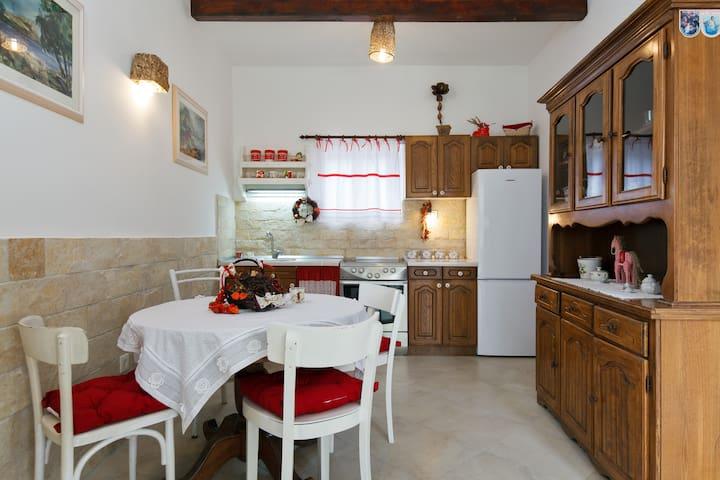 Labin House - Plano - Haus