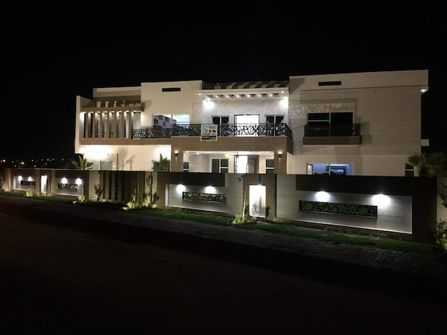 4 kanal Furnished House for Rent Islamabad