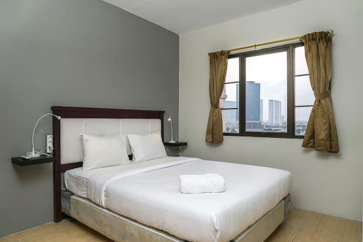 Spacious and Comfortable 2BR Puri Garden Apartment