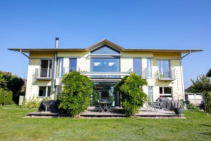 Schöne gemütliche Villa für 6 Gäste 15min von Bern