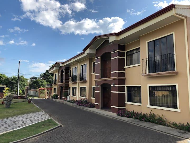Residencial Los Lagos, Apartamentos Los Lagos