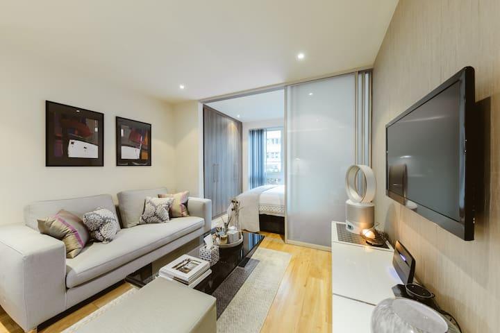 Luxury Manhattan Style Studio Apartment
