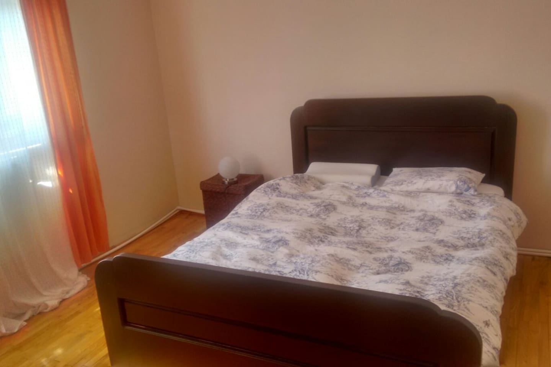 Bedroom; Bed sleeps two