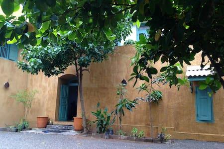 Rustic Beach Villa in Balapitiya - Ambalangoda - Villa