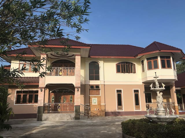 High standard villa in exotic south Thailand