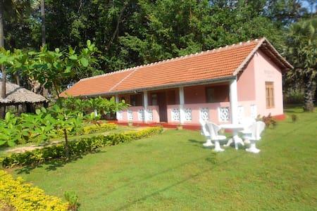 Brindhavan Cottage 1 - Nilaveli - Casa