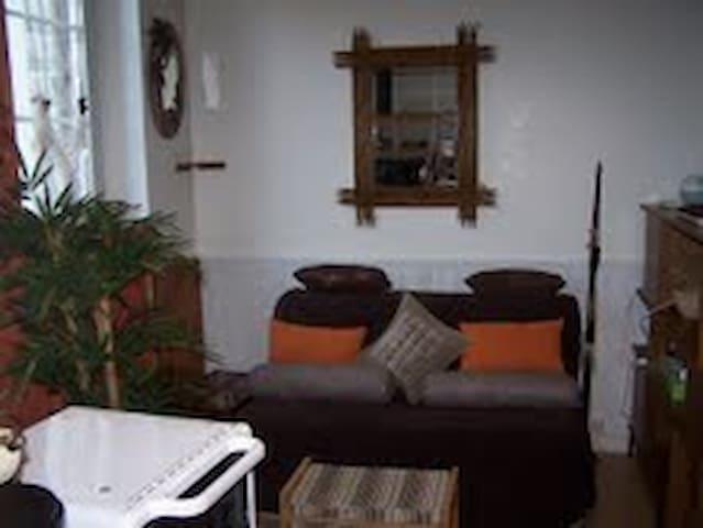 studio meublé cosy pour 2 en ville - Verneuil-sur-Avre - Lägenhet