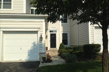 Superbowl Rental - Beautiful Home! - Totowa - Hus