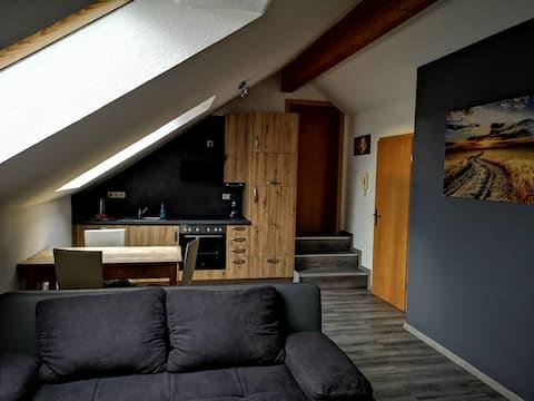 Small top floor apartment in Unterallgäu