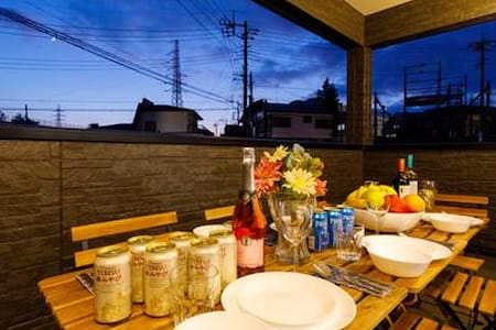 MIYABI#A 富士急ハイランド至近‼/換気良好で三密回避/新築貸切/寝室5部屋/100㎡/P3台