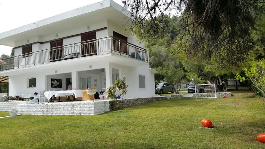Villa 20mts from the sea!! - Kalandra - Villa