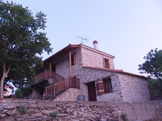 Casa Keli, Stone House in Mountainous Halkidiki