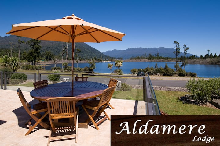 Aldamere Lakeside B&B/Lake Brunner Premium Room