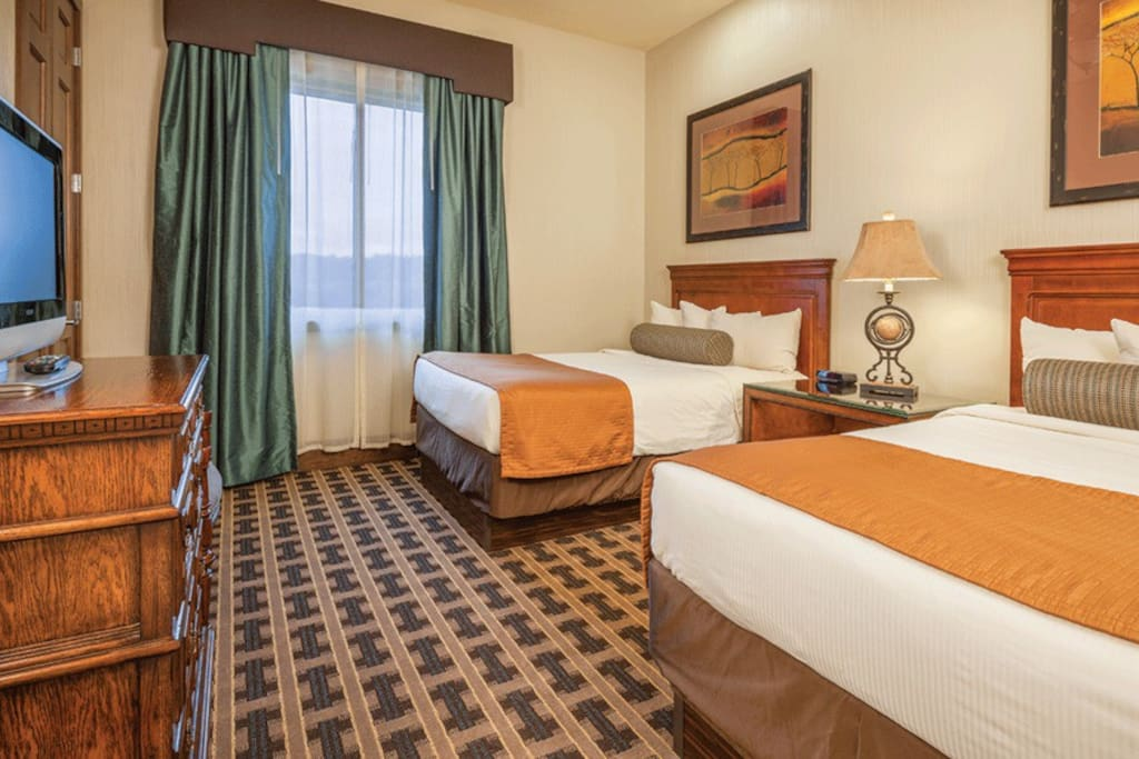 Fun 2 bedroom condo at glacier canyon condominiums for rent in baraboo wisconsin united states for Wyndham glacier canyon 2 bedroom deluxe