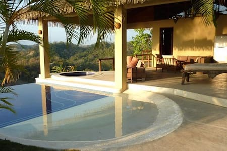 PRIVATE HILLTOP-tropic. Villa -Pool - Malpais - House