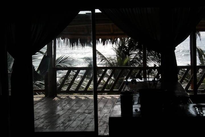"aloha ayampe ""habitacion Delfin"