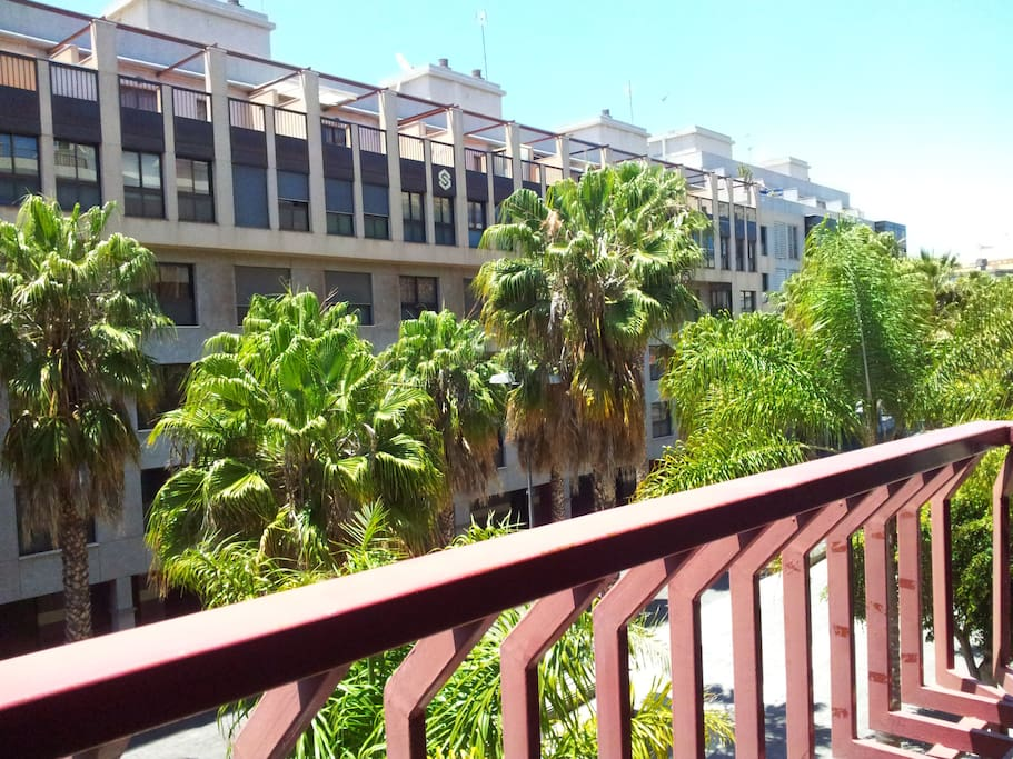 Balcón exterior orientado al sur