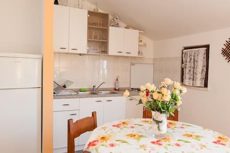 Apartments Lela / Two bedrooms A2 - Trogir