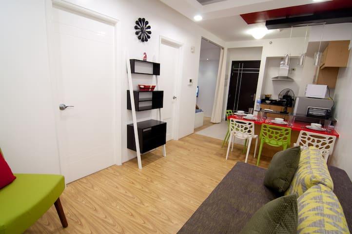 New 2Bdrm Condo nr Airport, MOA & Bluebay Walk - Pasay City - Apartment
