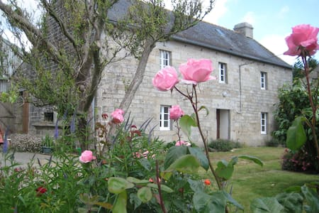 Maisonnette bretonne traditionnelle - Bed & Breakfast