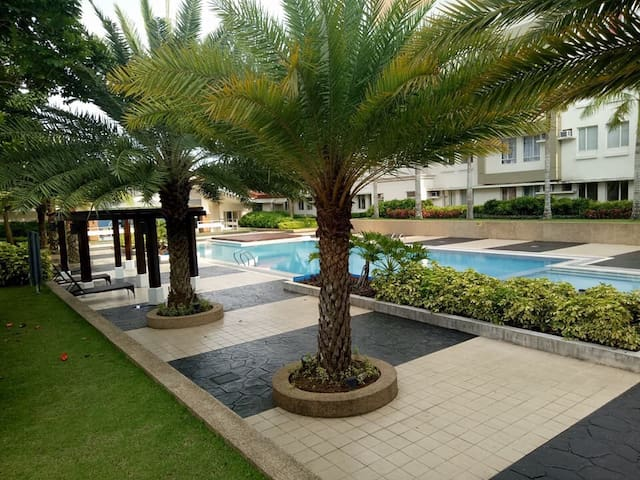 Exclusive Condo Florida Sun Estates for Rent C211