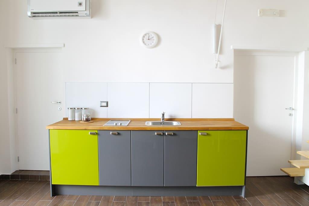 Studio 1 loft in affitto a trani puglia italia for Affitto trani arredato