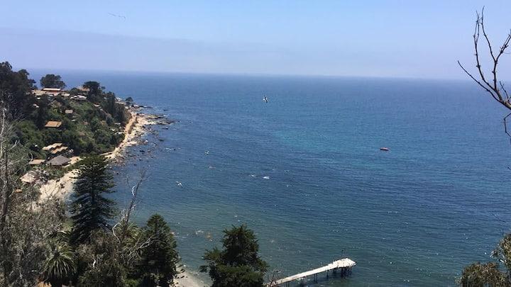 Departamento con vista despejada al mar