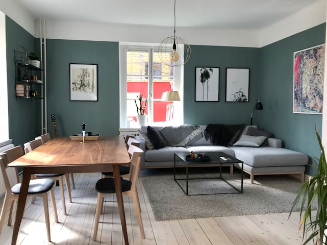 Cozy 3 room apt in lovely Aspudden! 1min to subway