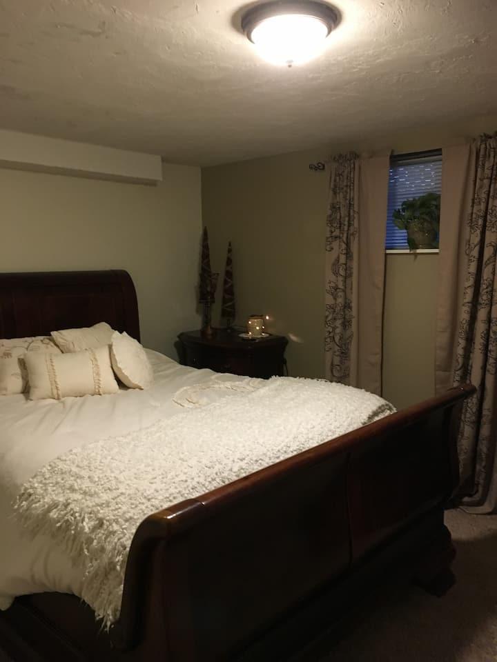 Pine Haven 2 Bedroom Unit