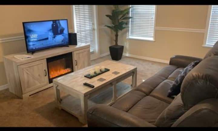 Spacious & Modern 1 Bedroom Apt in central Orlando