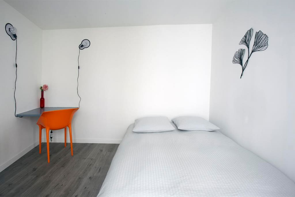 STYLISH STUDIO @ TRENDY MONTMARTRE