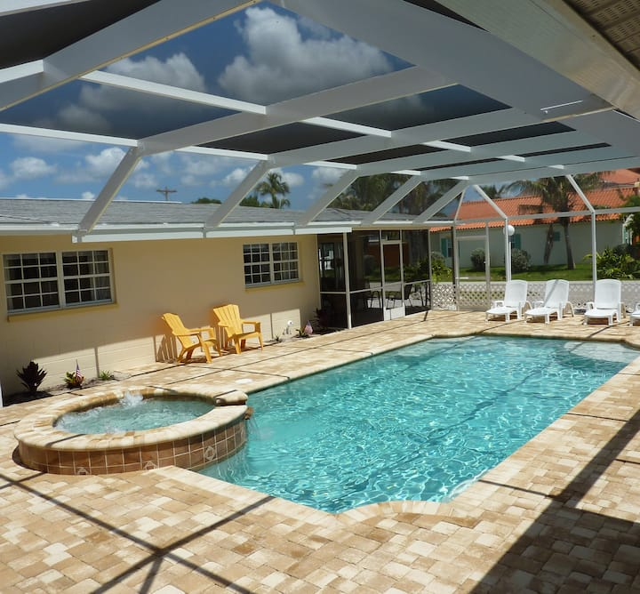 Apt SEASTAR in Cape Coral * Beach Resort *