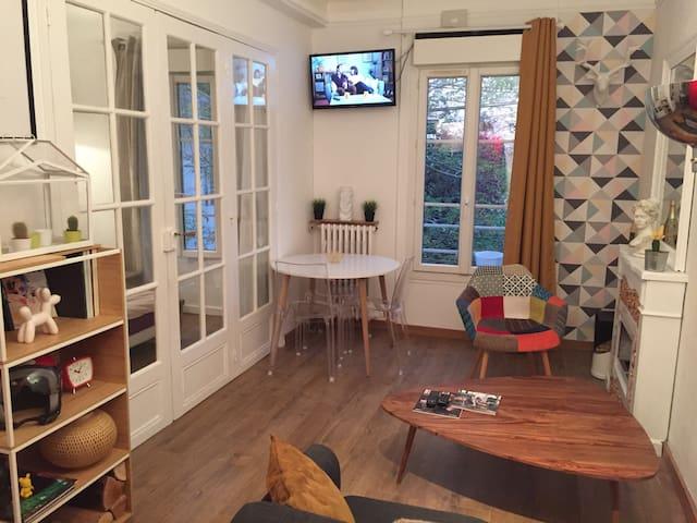 Charmant appartement avec chambre - Le Vésinet - Daire