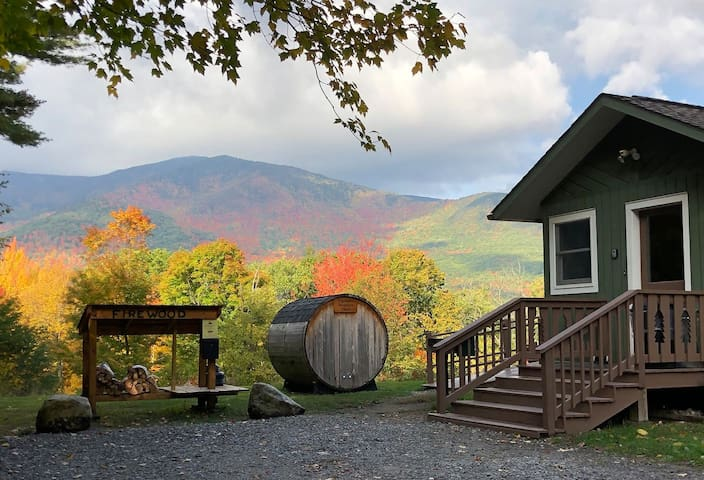 Hot Tub, Sauna, Fireplace, A/C, Dog Friendly, 1.4 mi to Whiteface, Mt View: AMC