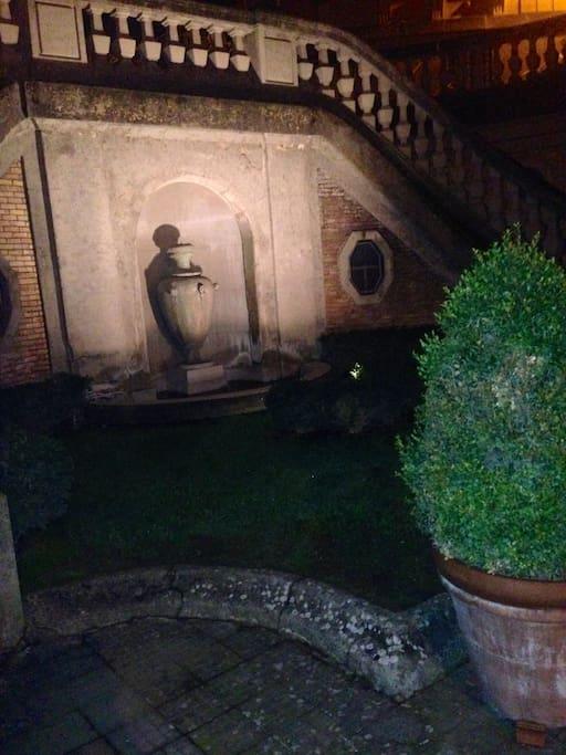 fontana nel cortile