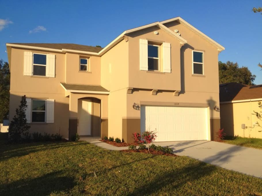 Casa Bella 5 Bedroom New Houses For Rent In Kissimmee Florida United States