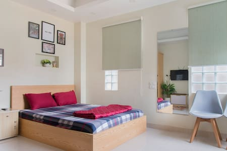 MAI HOME Cozy,new Studio Apt, central Hanoi #208