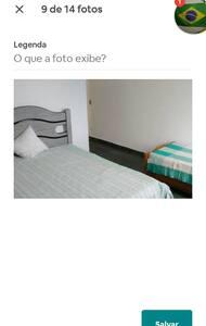 Quarto amplo com armário e banheiro privado