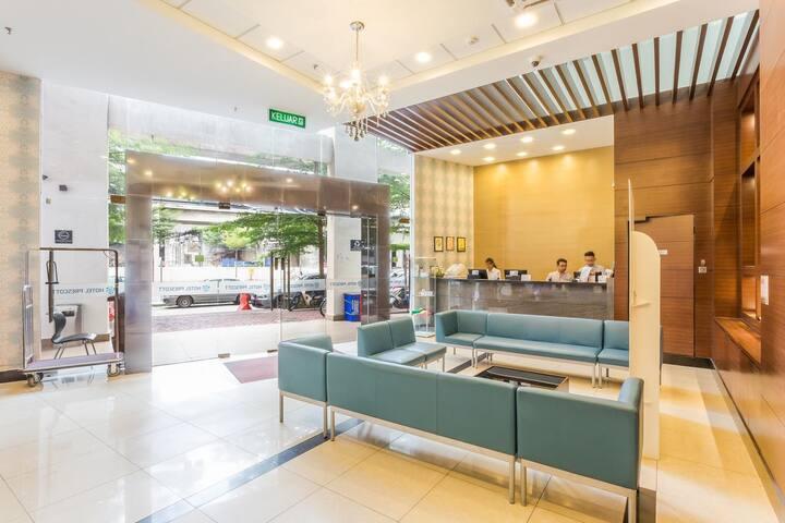 KL Sentral | 3 stars award winning hotel | 4pax