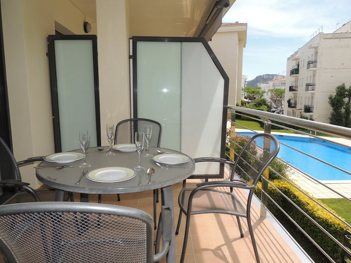 Apartment in Residence Mileni in Roses for rent-MIL2 211