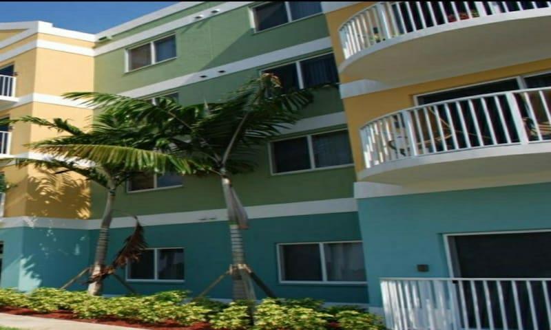 Key West Getaway 3bd2bth Apartment Vacation Resort