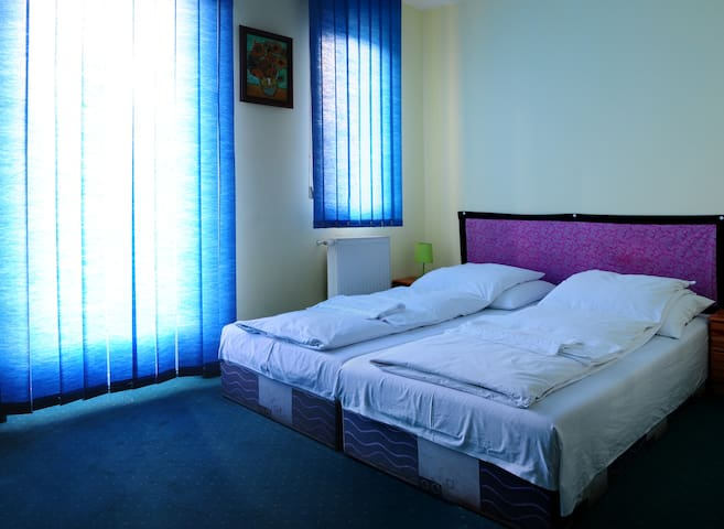 Cosy rooms near metro station - Budapest - Bed & Breakfast